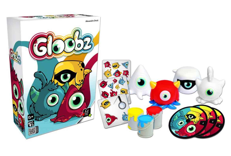 caja cartas y figuras gloobz