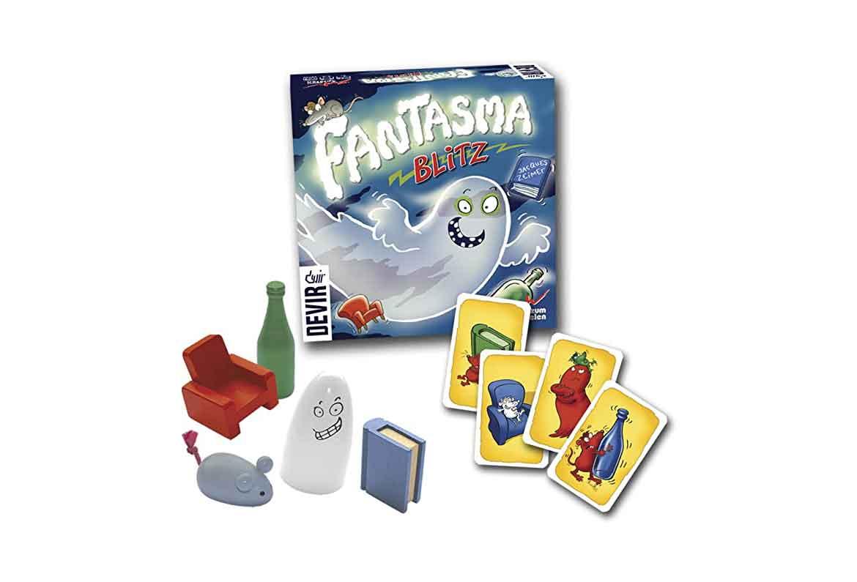 caja cartas y figuras de juego fantasma blitz
