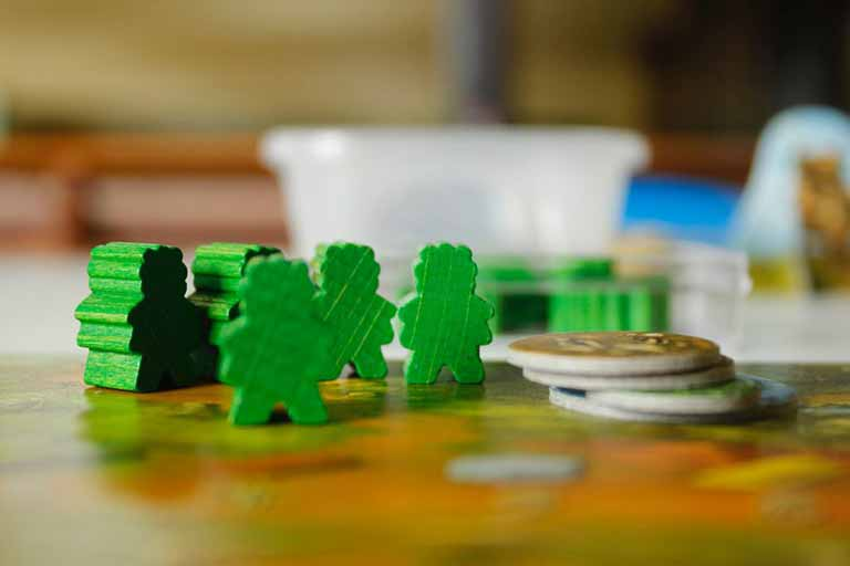 fichas verdes de juego de mesa